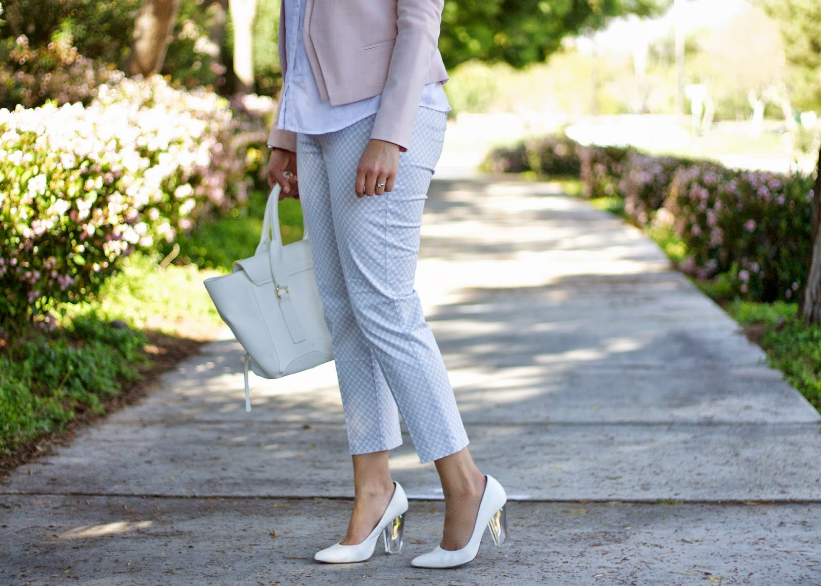 White Aldo heels, what to wear with white heels, aldo heels blogger, best of aldo heels, clear heels chic