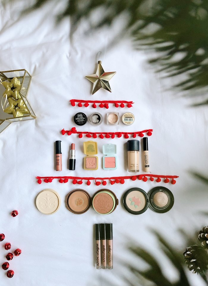 The Festive Beauty Edit - a selection of my current favourite beauty products.