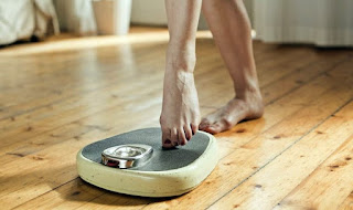 Easy Ways to Lose Weight: 10 Daily Tasks that Burn Calories - Healthy T1ps