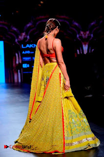 Bollywood Actress Malaika Arora Khan Walks on Ramp at LFW Summer 2017  0025.jpg