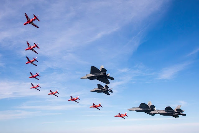 Red Arrows New York flypast