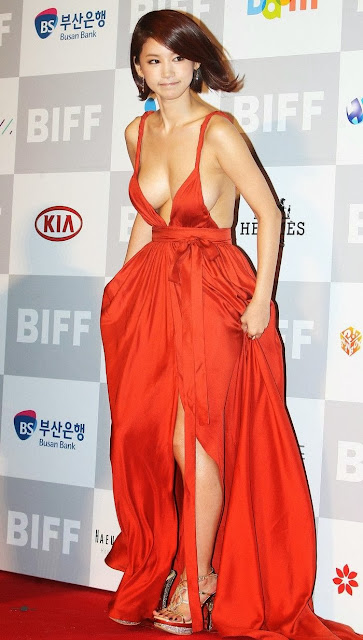 Oh In Hye 오인혜 Hot Red Carpet Dress Photos 04