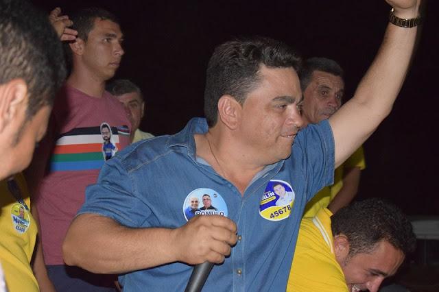 Vice-prefeito de Brejo dos Santos, Dr. Sandro Santos anuncia saída definitiva da política