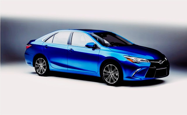 2016 vs 2017 Toyota Camry Special Edition Performance Review Blue
