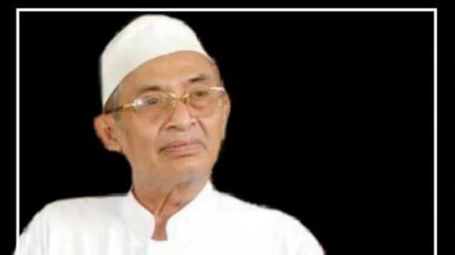 Almaghfurlah KH Ma'mur Noor