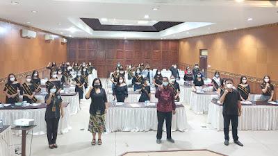 BNN Prop. Bali, Santy Sastra, Pengembangan Kepribadian 50 Top Model Indonesia Dari Berbagai Daerah di Bali