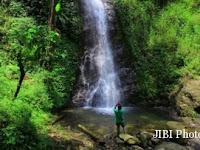 Belum Lengkap bila Anda ke Telaga Ngebel Tak Mengunjungi Air Terjun Selorejo, begini Pesonanya