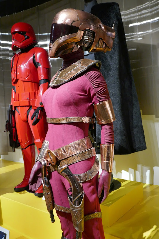 Star Wars Rise of Skywalker Zorii Bliss costume