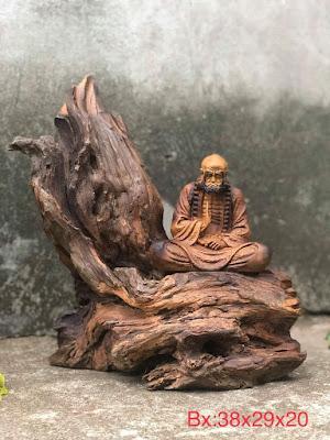 tượng Đạt Ma ngồi thiền gỗ lũa bách xanh mẫu 2