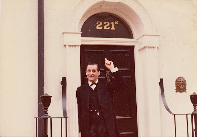 Jeremy Brett as Sherlock Holmes outside 221B Baker Street