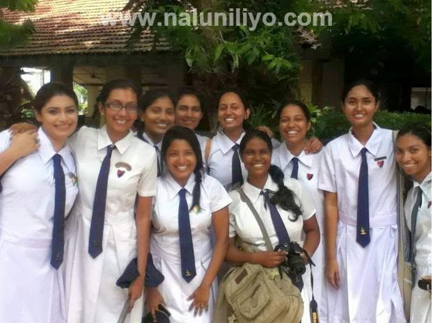 Hirunika Sexy Sri Lankan School Girls
