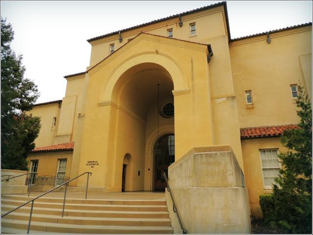 Auditorio, Universidad de Stanford