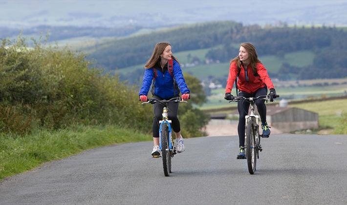 Disfruta del ciclismo con amigos