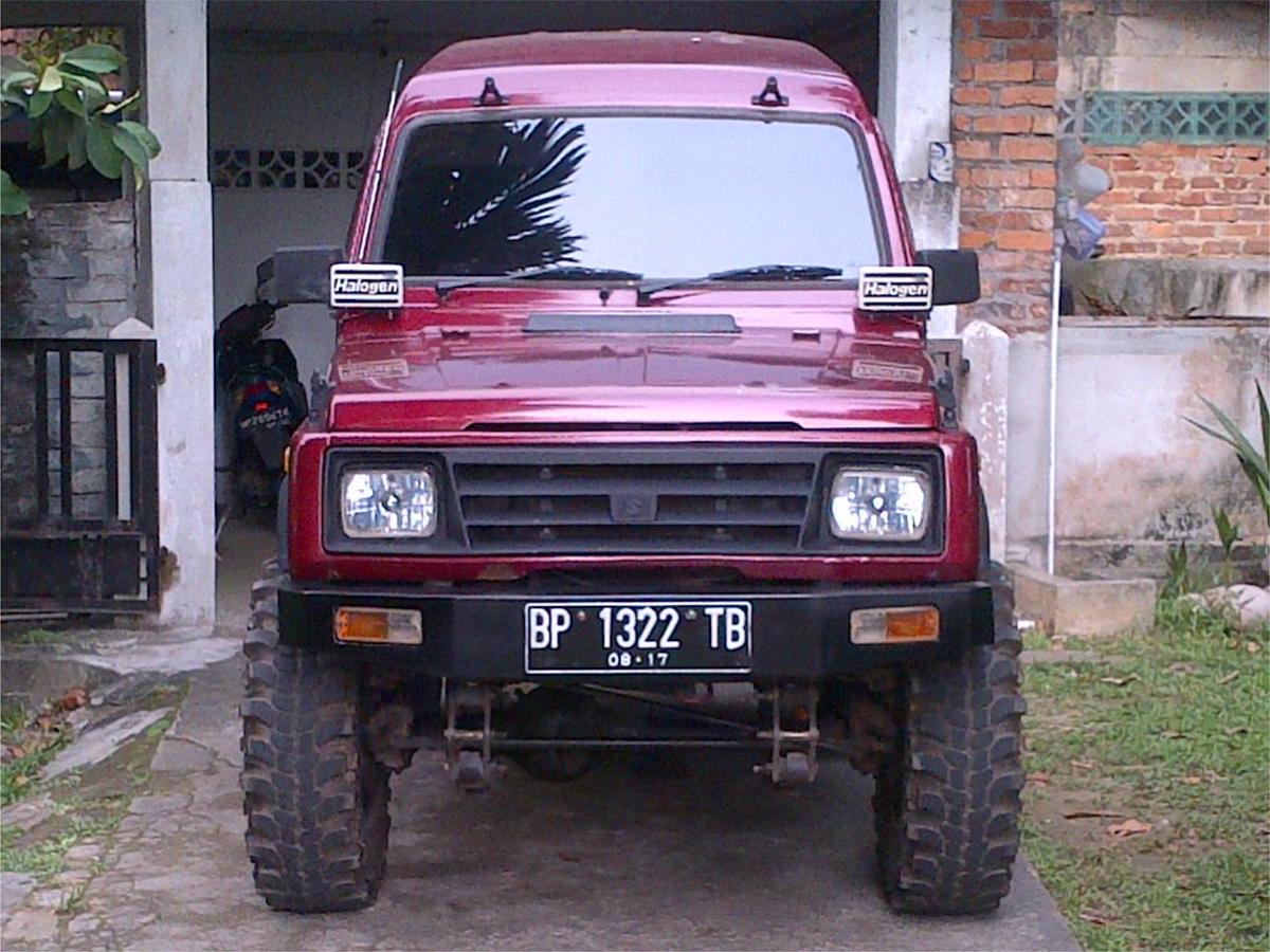 Suzukijeepinfo  Andy Daycass  U2502 Suzuki Sj410 4x4 Katana Blitz Dx 1992