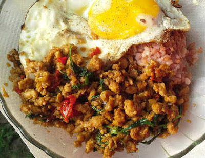 Ayam cincang pedas ala Thailand