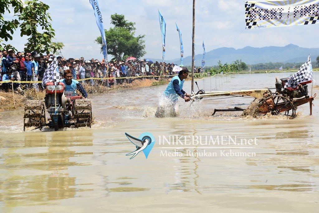 Jelang Musim Tanam, 24 Petani Jatimulyo Petanahan Ikuti Lomba Balap Traktor