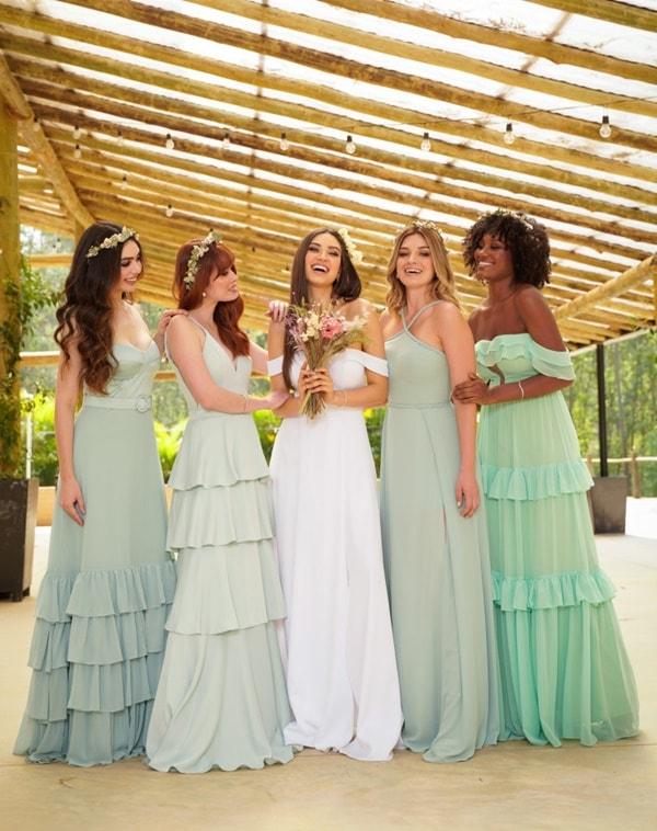 madrinhas de vestido verde claro