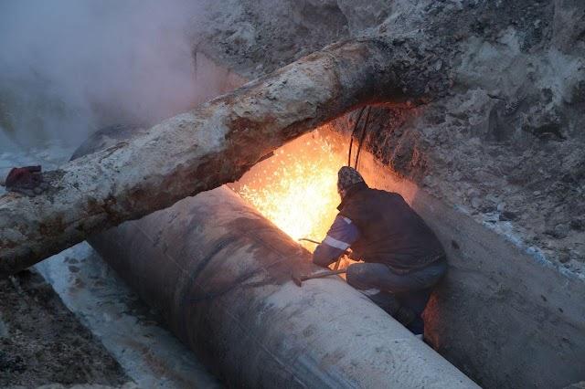 У понад 130 будинків Києва знову подали опалення після пошкодження трубопроводу