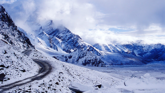 Rohtang pass tour with Himnchal roving