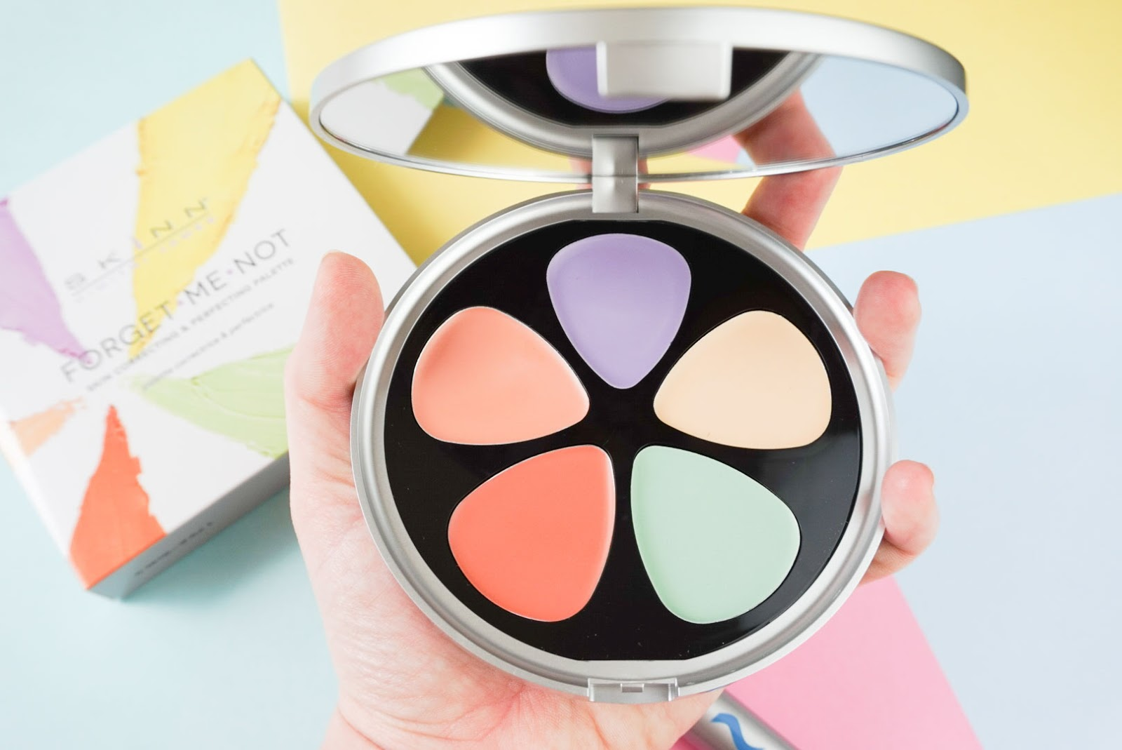 Skinn Cosmetics Forget Me Not Perfecting and Correcting Palette from Ideal World TV Review