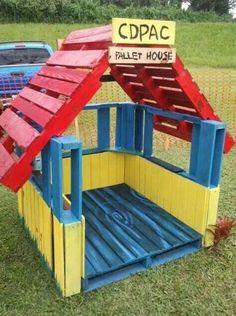 casita de juegos con palets