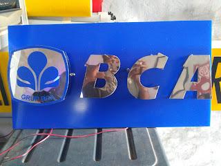 Huruf timbul stainless Bank Bca serang Banten