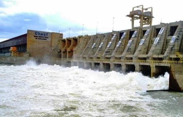 O reservatório Sobradinho, Bahia vem se recuperando das severas secas dos últimos anos e atinge neste mês de junho o volume útil de 47, 72% do seu volume  útil.
