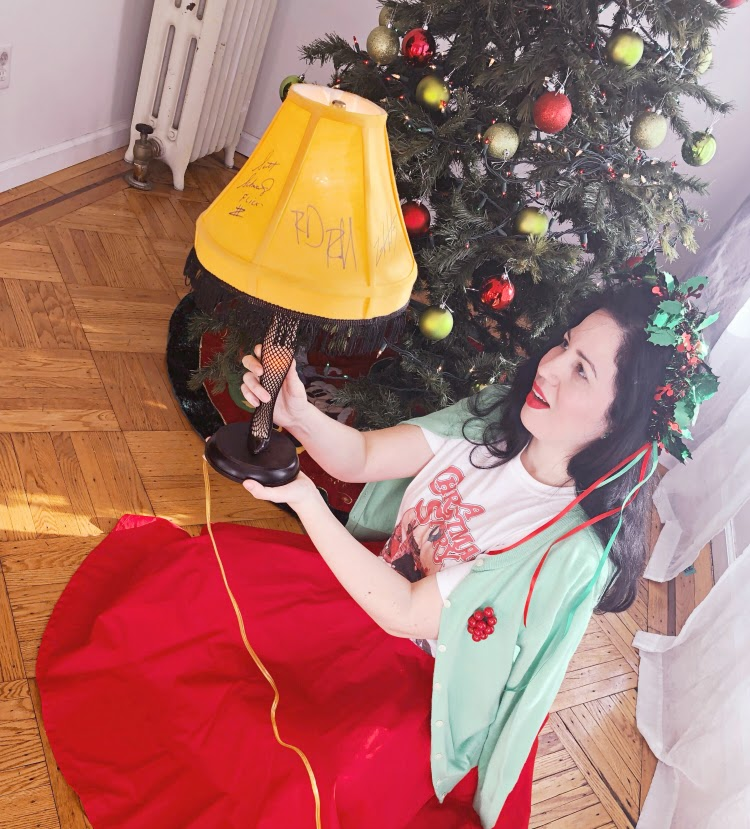 A Vintage Nerd, Retro Christmas, Vintage Christmas, Vintage Christmas Fashion, 80s Tees, A Christmas Story Tee, Retro Fashion Blog
