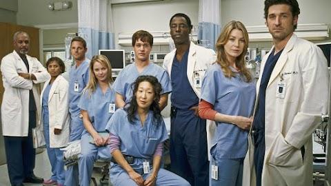A Dr. House és a Grace klinika szereplői köszönetet mondtak a valódi orvosoknak