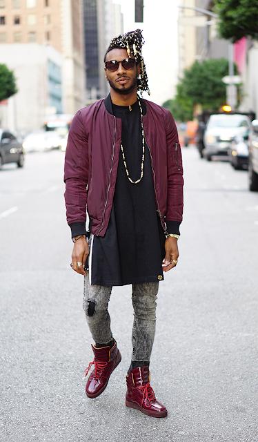 Look masculino jaqueta bomber cor bordô