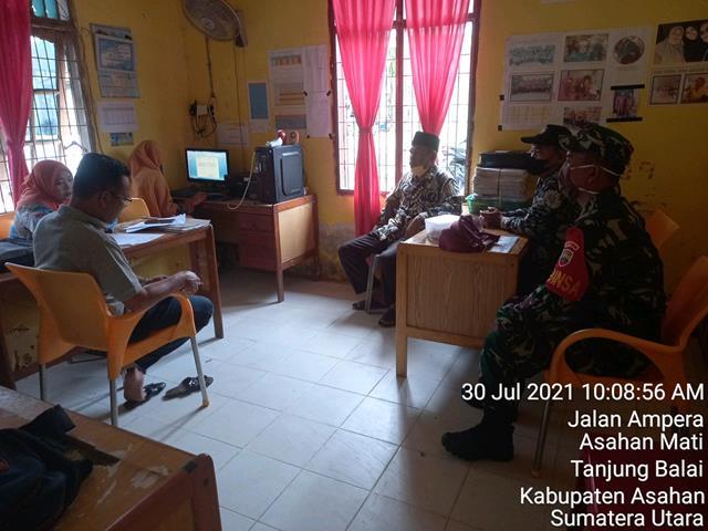 Dengan Komunikasi Sosial Dilaksanakan Personel Jajaran Kodim 0208/Asahan Bersama Perangkat Desa Dalam Menjalin Keharmonisan