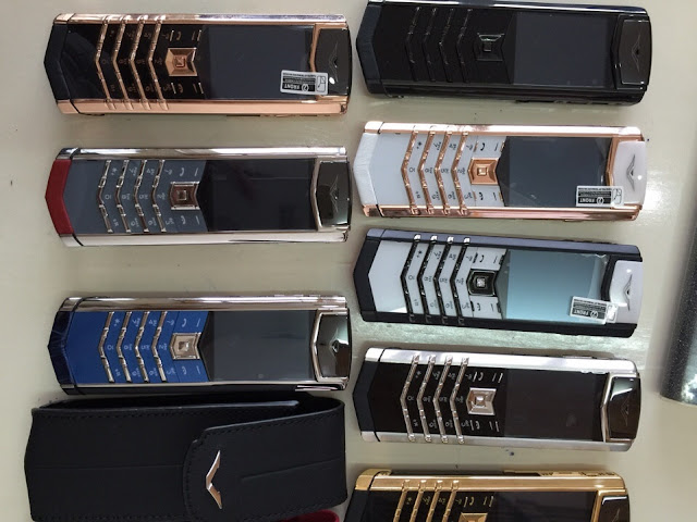 Điện thoại Vertu Signature S copy