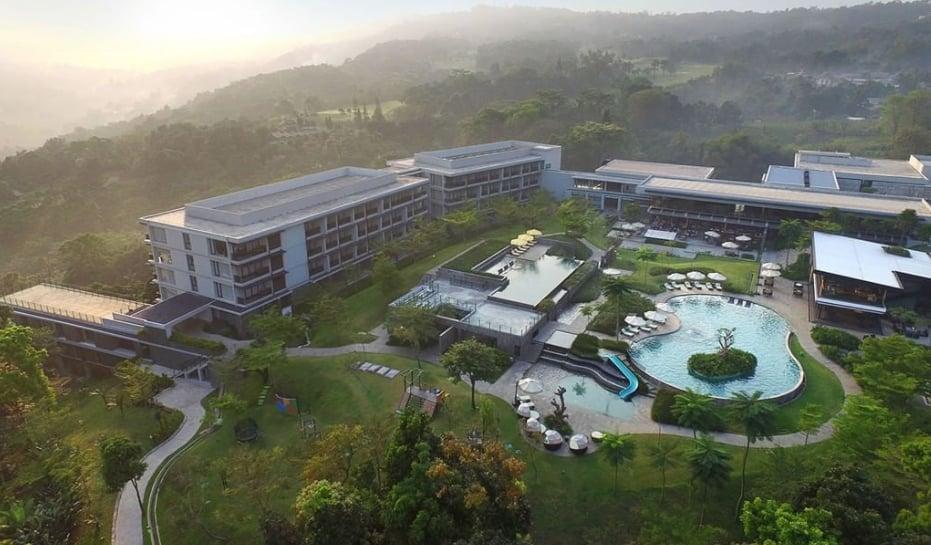 Royal Tulip, Hotel Mewah di Puncak Dengan Panorama Alam Yang Indah