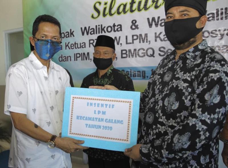 Silahturahmi dengan RT/RW Kecamatan Galang, Amsakar Janji Tindaklanjuti Keluhan Masyarakat