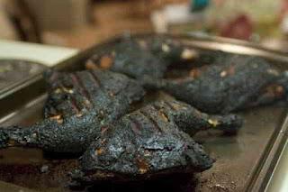 Resiko Jika Terlalu Sering Memakan Makanan yang Overcook Resiko Terlalu Sering Mengkonsumsi Makanan yang Overcook (Gosong)