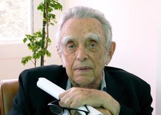 http://www.webbee.org.br/pesquisadores/nogueira_neto/biografia_nogueira_neto.pdf