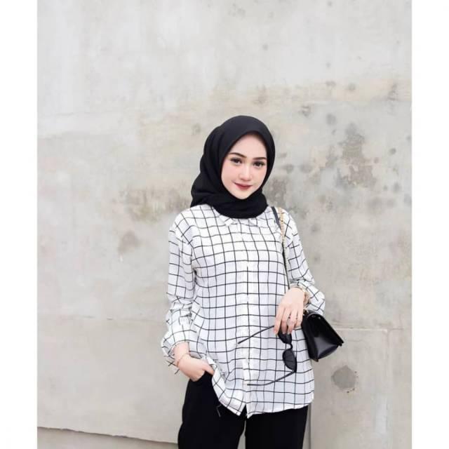 4 Model Baju Atasan Kemeja Wanita Hijaber Yang Lagi Trend Stylish Masa Kini