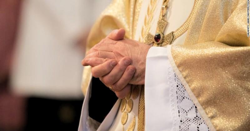 Pastor di Prancis Diduga Melakukan Pelecehan Seksual Terhadap 10.000 Anak Bawah Umur