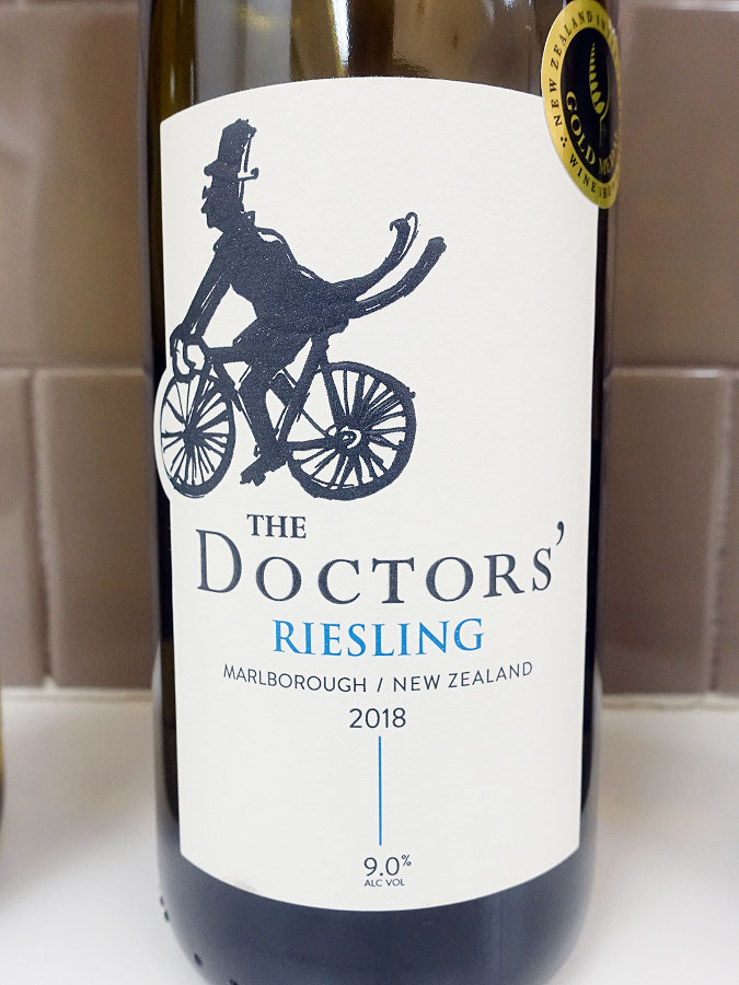 The Doctors' Riesling 2018 (89 pts)