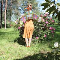 https://laukkumatka.blogspot.com/2019/06/perhoshuiviitta-butterfly-crochet-shawl.html