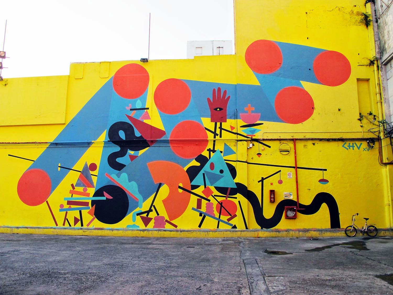 Julian Manzelli aka Chu is currently in Argentina where he spent a few days working on this new piece somewhere on the streets of Buenos Aires.