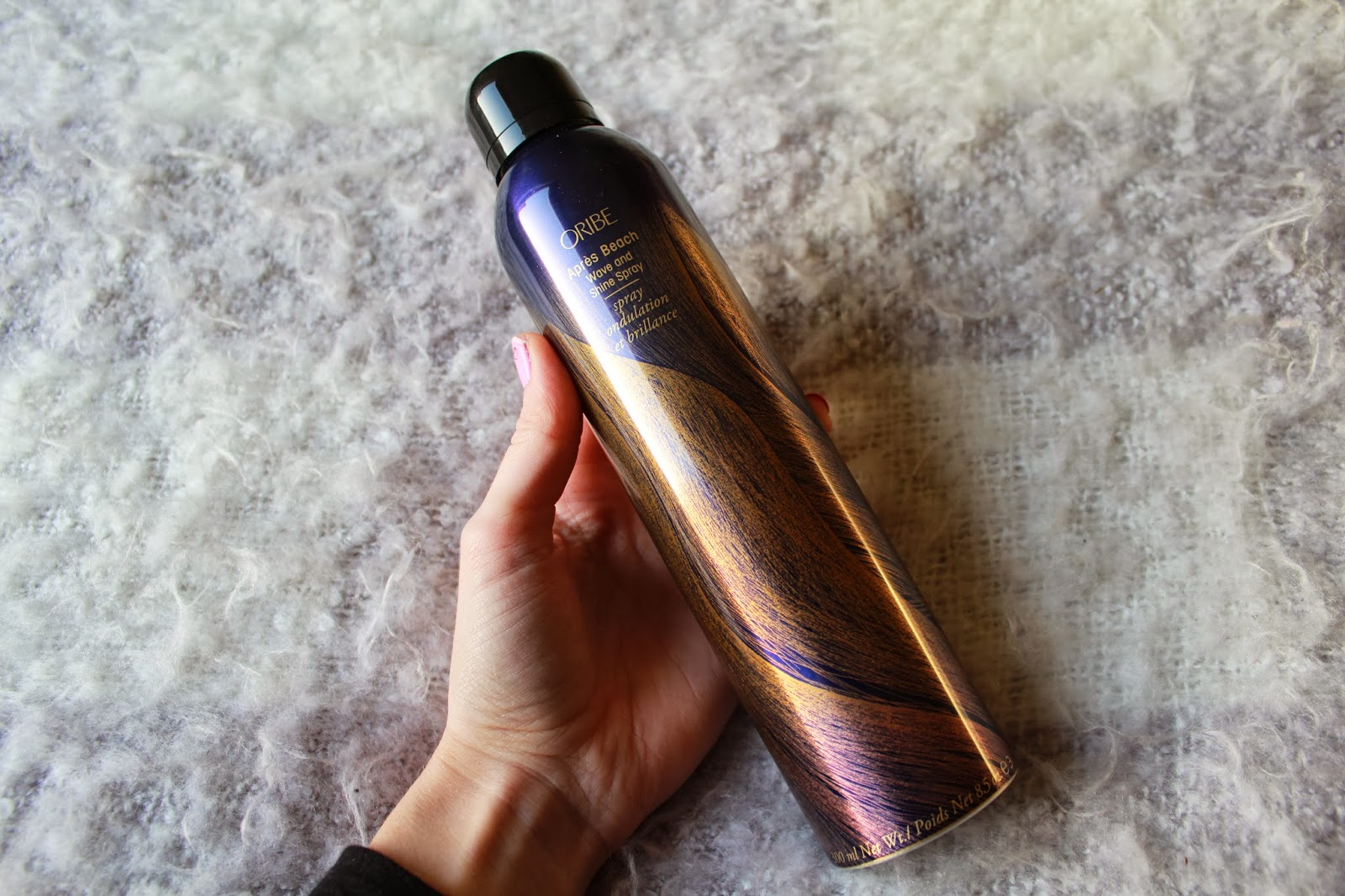 ab130f6d5a4a Oribe Apres Beach Wave and Shine Spray - Inthefrow