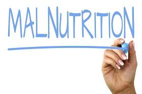 النقص في مجموعة من المغذيات الهامة مثل الفيتامينات