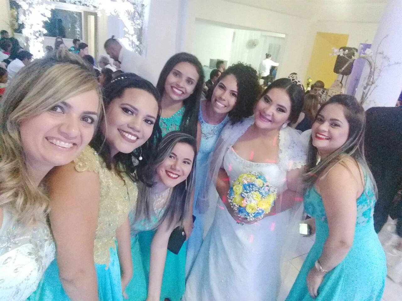 #NoivinhasDePlantão: Madrinhas padronizadas, #NoivinhasDePlantão, madrinhas padronizadas, madrinhas de casamento, blog kahenakévya, kahena kévya, blog kachear,