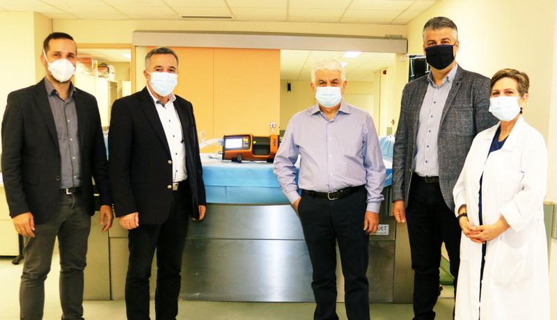 Δωρεά φορητού παιδιατρικού αναπνευστήρα στο Νοσοκομείο Αλεξανδρούπολης από το Επιμελητήριο Έβρου