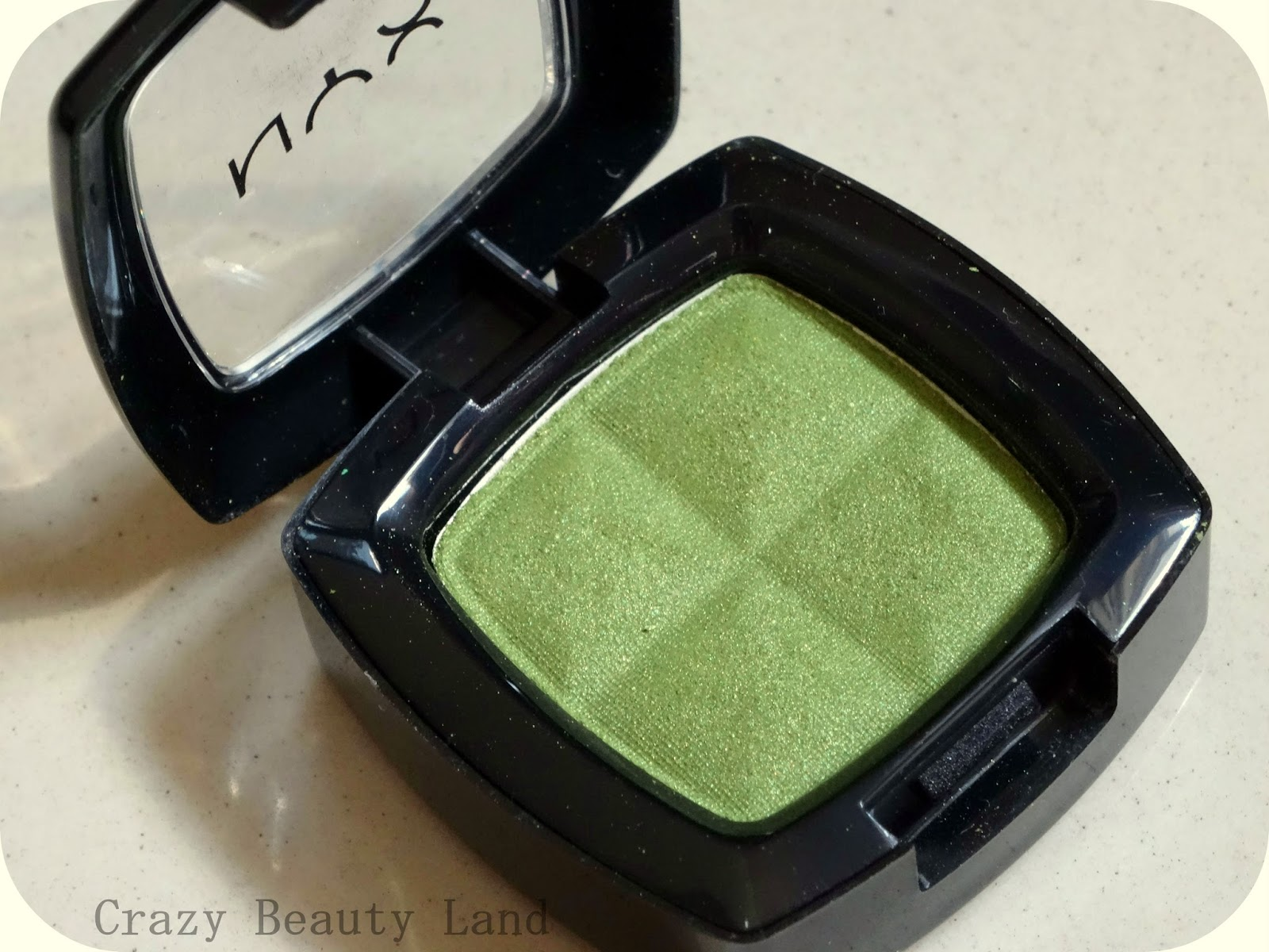 NYX Single Eye Shadow in Kiwi Review EOTD