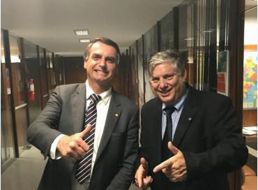 Pai de assessor de Barbudo tenta aproximar ex-deputado de MT ao presidente Jair Bolsonaro