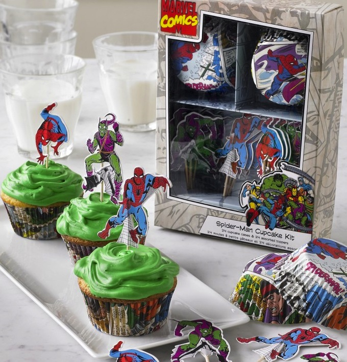Spider-Man and Green Goblin figures on iced cupcakes