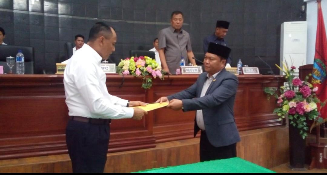 Gelar Paripurna, DPRD Tana Toraja Tetapkan Perda Penyertaan Modal Non Kas Pemda di PDAM