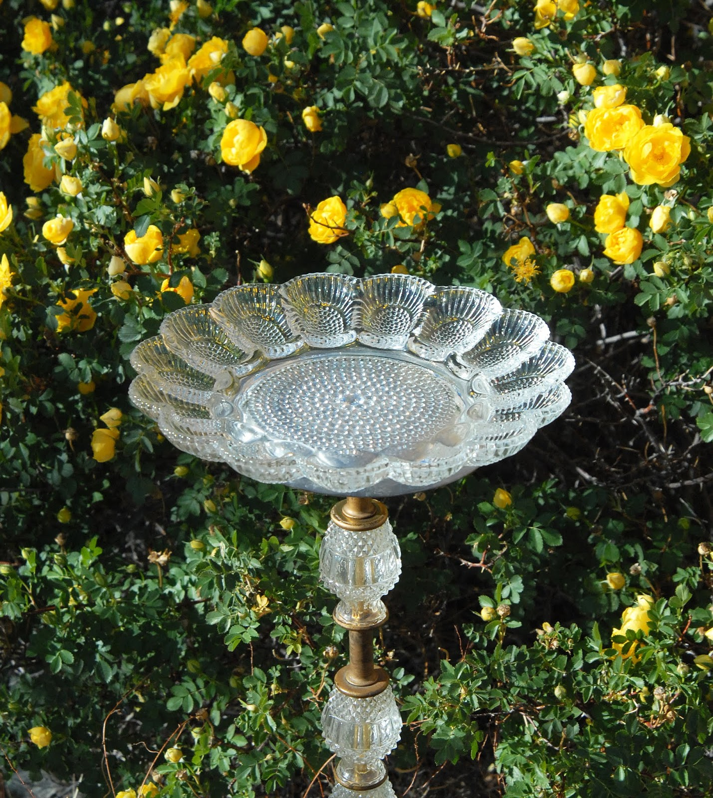 Vintage Lamp Bird Bath - DIY Tutorial and Review